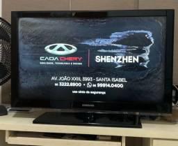 Vendo TV LCD SAMSUNG 39 DEFEITO NA TELA