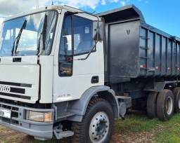 caminhão caçamba iveco