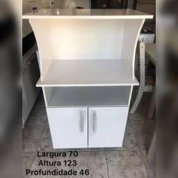 Armário de cozinha microondas