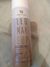 Maquiagem com efeito bronze para pernas