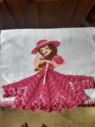 Panos de prato de crochê e pintando a mão