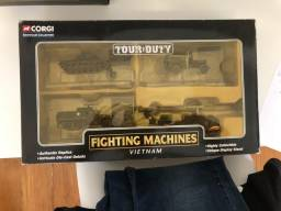 MINIATURAS CORGI FIGHTING MACHINE (TOUR OF DUTY VIETNAM)