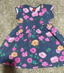 Vestido infantil floral, Kily