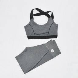 Conjunto de academia roupa de malhar top e short
