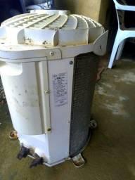 Condensadora 12.000 BTUS