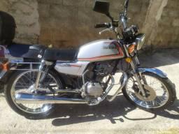 Cg ml 125 ano 1984   R$ 6.000