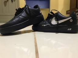 Tênis Nike Air Force (NUNCA USADO)