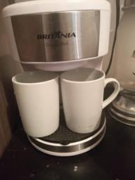 Cafeteira britânica  poucas vezes usada com xicará