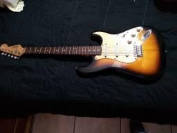 Guitarra squier FENDER stratosquester