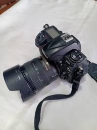 Camera Nikon D300,