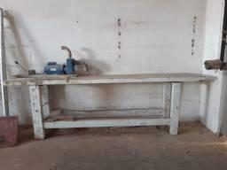 Bancada madeira maciça