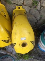 Tanque Twister amarelo 2007