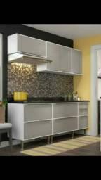 Armário completo de cozinha com balcão