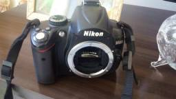 Câmera profissional nikon d5000 só corpo