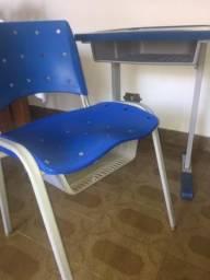 Conjunto cadeira + mesa estudante