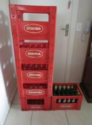 6 Engradado Antigo Brahma + 24 garrafas Antigo Brahma Peça para Colecionador