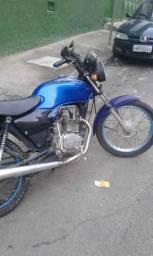 Vendo cg Titan 125 ano2003 - 2003