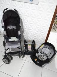 Carrinho, bebê conforto e base Chicco
