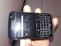 Vendo esse celular da marca BlackBerry simples pega cartão de memória e um chip