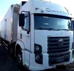 Caminhão 24 250 - 2010