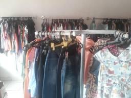 Vendo ou troco brechó montado loja de roupas