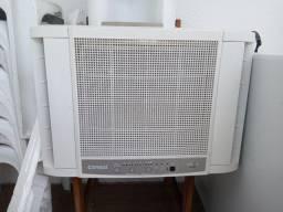 Ar condicionado janela 10000 BTUs/h Consul com controle !
