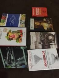 Livros variados 35 cada