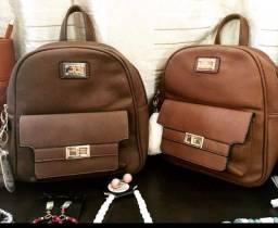 Lindas mochilas sem os acessórios