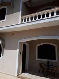 Casa com 3 dormitórios à venda, 180 m² por R$ 450.000,00 - Vila Santa Izabel - Caçapava/SP