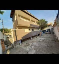 Casa com 3 dormitórios para alugar por R$ 1.100/mês - Vila Itapoan - Guarulhos/SP