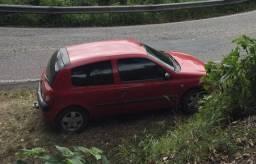 Clio 2004 1.0 Impecável! Completo