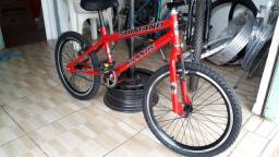 Bike do Felipe Avenida Bom Jardim número 375