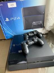 PlayStation 4 500GB + 2 controles