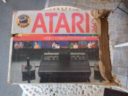 Caixa do Video Game Atari anos 80