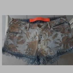 Short espaço fashion Tam 38