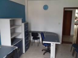Sala comercial para locação mobiliada com banheiro em Itaipu - Niterói
