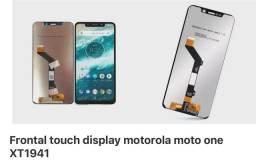 Display motorola moto one