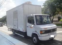 Mercedes 710, caminhão baú