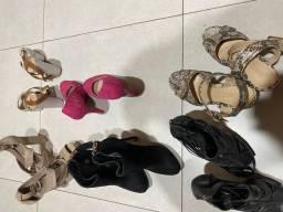 Sandálias e sapatos novos e seminovos