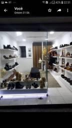 Vitrine e móveis de loja