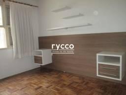 Apartamento térreo, 02 dormitórios, 53m² privativos, living 02 ambientes, cozinha, área de