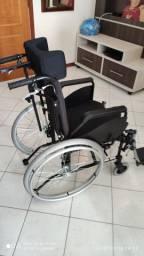 Cadeira de rodas reclinável e ergométrica nova e sem uso