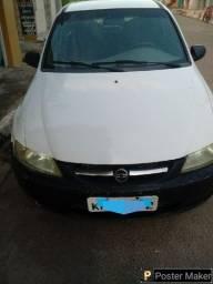 VENDE-SE CELTA 2001 2P AR VD. Carro EXTRA bola de Borracha