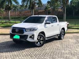 Toyota Hilux srx 20/20 diesel! Transfiro dívida e quero..!!!