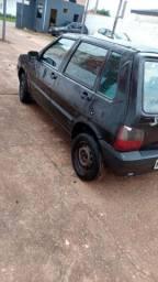 Vendo Ou Troco Fiat uno 2005 , Atrasado. Leia bem o anúncio por favor