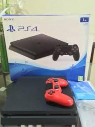 PS4 SLIM 1tb com 1 Jogo