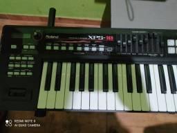 Vendo teclado Roland xps-10 estado de novo