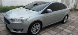 Focus Sedan 2018