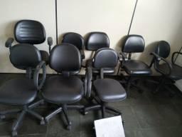 Cadeiras Escritórios Giratórias com Rodinhas
