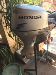 Vendo motor Honda 20 ano 2010 4 tempo contato * Juliano valor motor 8000mil